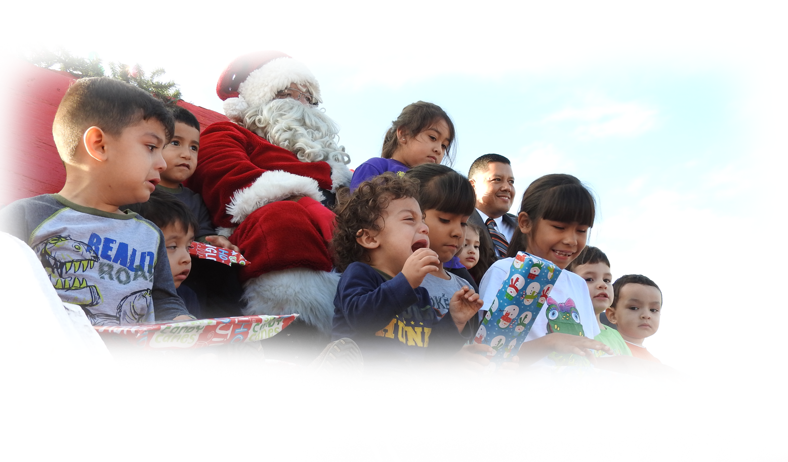 Judge Dominguez Santa Clause kids Group Picture